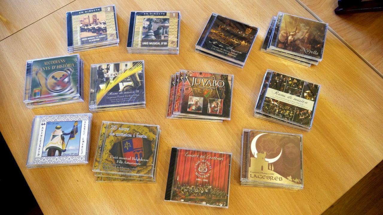 Sorteo CD's Música Festera 01 Lote de CD's.jpg